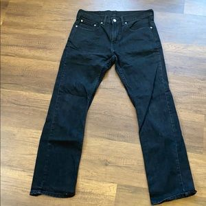 Levi's slim straight black jeans